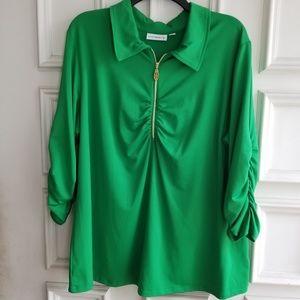 Susan Graver Green top XL